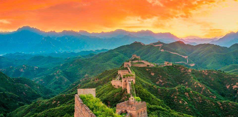 Туристические места в Китае  Великая китайская стена